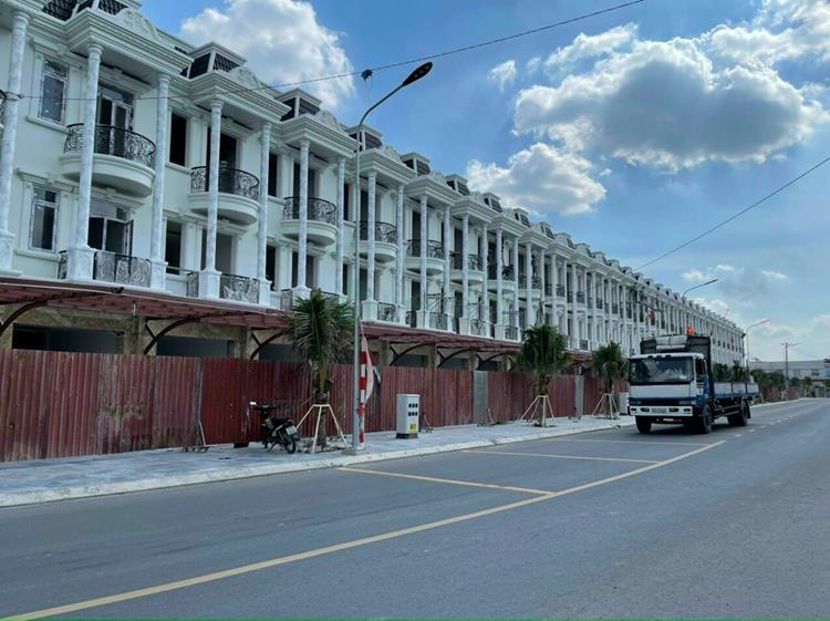 Hình ảnh thực tế dự án Royal Town